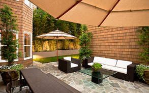 Contemporary Pacific Palisades, Los Angeles Landscape Design & Installation by Gregory Davs & Associates